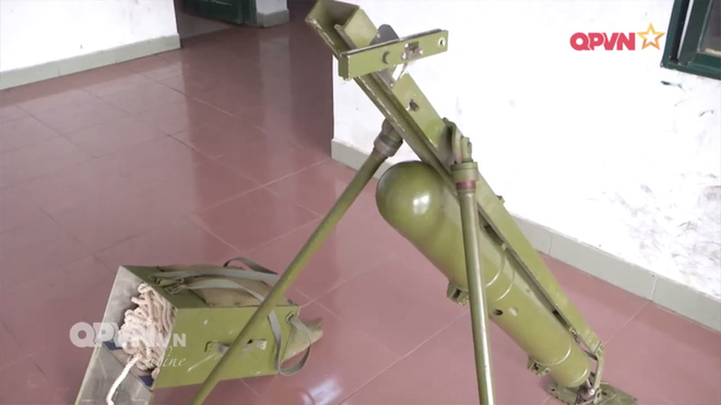 Uy lực vũ khí phá vật cản FMV-B1 do Việt Nam sản xuất - Ảnh 1.