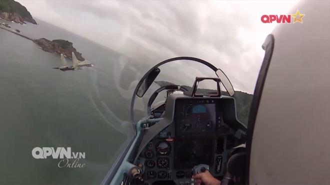 Ngạc nhiên vai trò Sở chỉ huy trên không của An-26 Việt Nam - Ảnh 1.