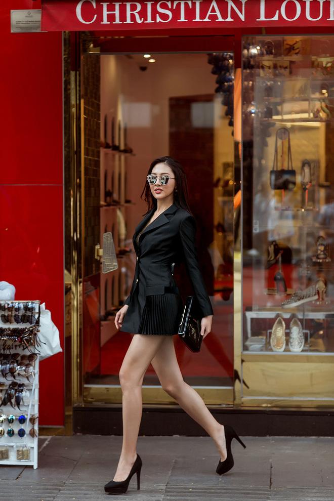 Diệu Ngọc nổi bật với phong cách street style  - Ảnh 9.