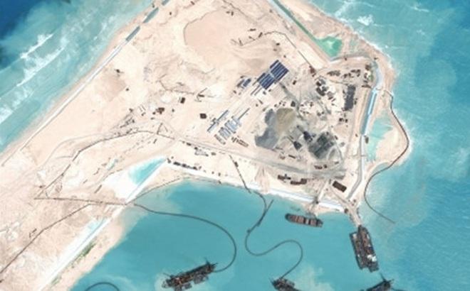Mỹ tố Trung Quốc sắp đưa 500 tên lửa ra đảo nhân tạo ở Biển Đông?