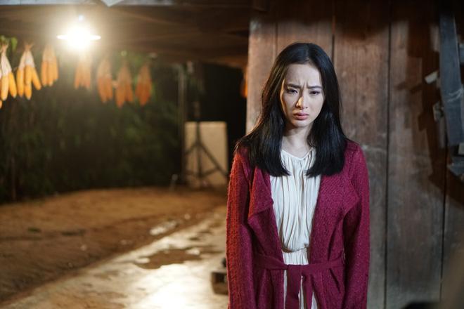 Angela Phương Trinh chịu cực khổ để đóng vai ngoan hiền - Ảnh 2.