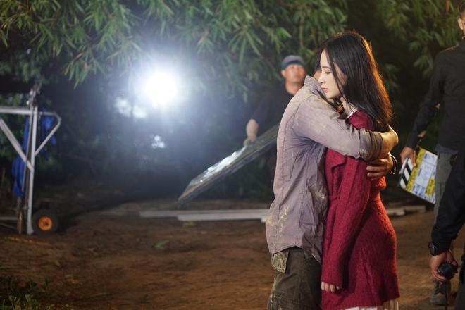 Angela Phương Trinh chịu cực khổ để đóng vai ngoan hiền - Ảnh 7.