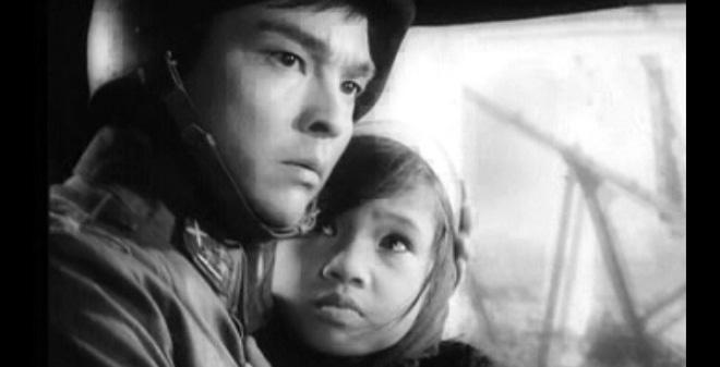 """Hậu trường làm phim """"Em bé Hà Nội"""": Những điều chưa ai hay..."""