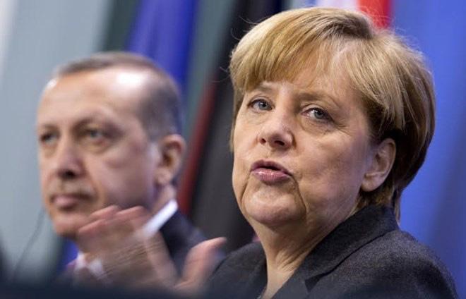 """EU đang """"dung túng"""" cho chế độ Erdogan?"""