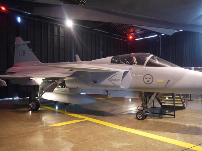 Người dân Hà Nội sẽ có cơ hội nhìn tận mắt tiêm kích Su-30MK2? - Ảnh 2.