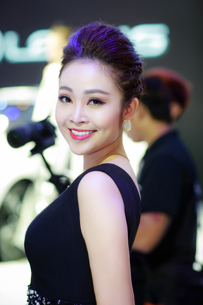 Nhan sắc xinh đẹp của MC Thùy Linh thu hút sự chú ý tại sự kiện - Ảnh 4.