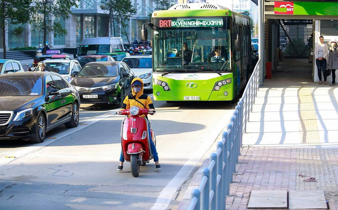Đây là nguyên nhân khiến xe buýt nhanh không thể... đi nhanh ở Hà Nội