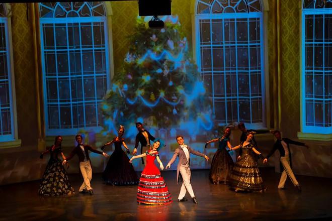 Công diễn 2 vở vũ kịch kinh điển tại Hà Hội và Sài Gòn - Ảnh 2.