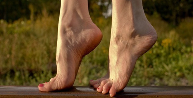 KiÅng gót chân: Bài tp mang l¡i 10 tác dång chïa bÇnh hiÇu qu£