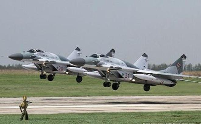 Nga bơm vũ khí cực lớn cho Serbia: Xung kích chống NATO?