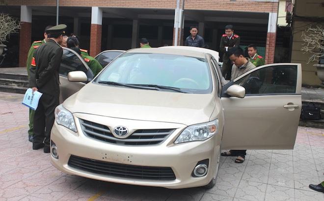 Khoá ô tô cẩn thận vẫn bị trộm, 1 ngày sau thấy mang biển số Lào