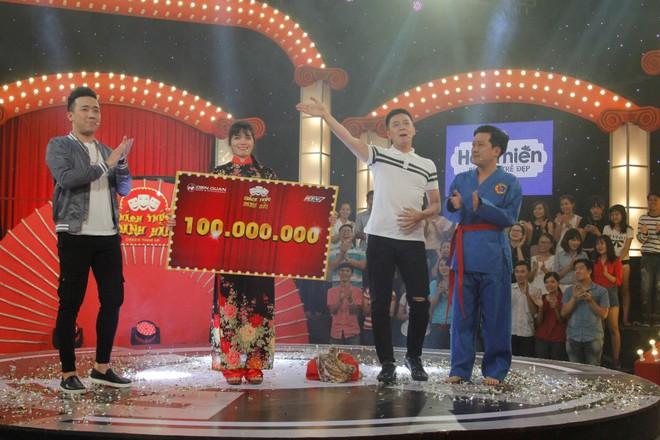 Cô gái khoe vàng bí chiêu, đột ngột hét thẳng mặt Trấn Thành, giành 100 triệu - Ảnh 5.