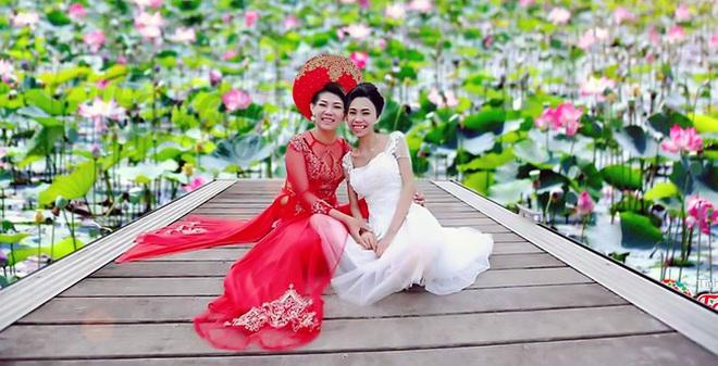 Khi cộng đồng photoshop chung tay đem hồ sen đến với 2 cô gái ung thư máu ở Hà Nội