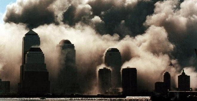 Những hình ảnh không thể quên của vụ khủng bố 11/9
