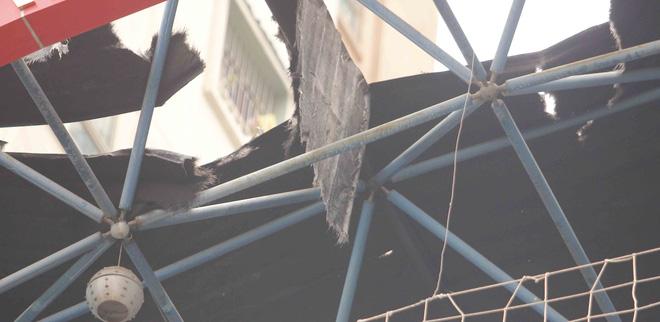 Cháy chung cư Xa La, dân nháo nhào tháo chạy - Ảnh 2.