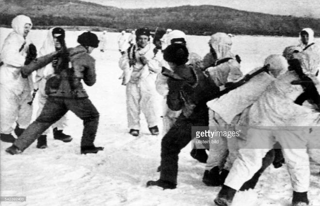Xung đột với Liên Xô, TQ suýt ăn đủ hạt nhân vì định gây hấn bằng kế hoạch Trừng phạt - Ảnh 1.