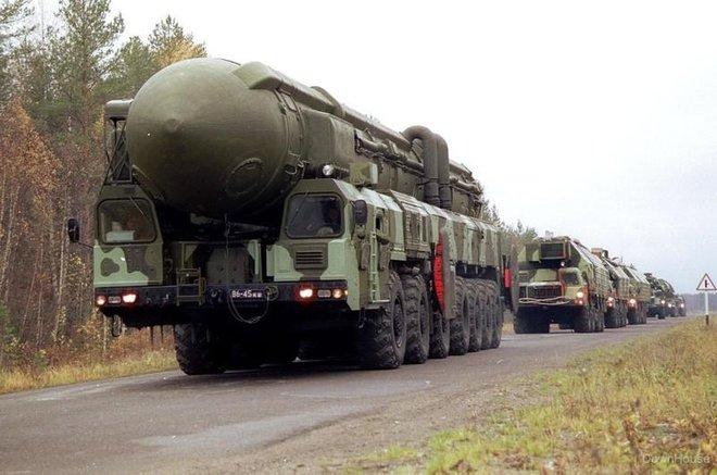 8 tiết lộ lạnh sống lưng về kho vũ khí hạt nhân của Nga - Ảnh 1.