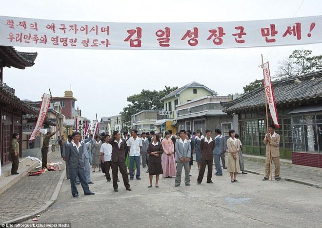Những hình ảnh độc về nền điện ảnh của Triều Tiên lần đầu tiên được hé lộ - Ảnh 11.