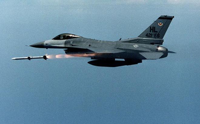 Nga theo dõi sát kế hoạch Ba Lan mua 70 tên lửa cho F-16