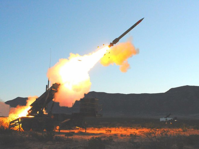 Vũ khí tối tân nhất của Nga có sánh ngang vũ khí NATO? - Ảnh 16.