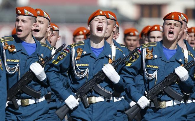 Vũ khí tối tân nhất của Nga có sánh ngang vũ khí NATO?