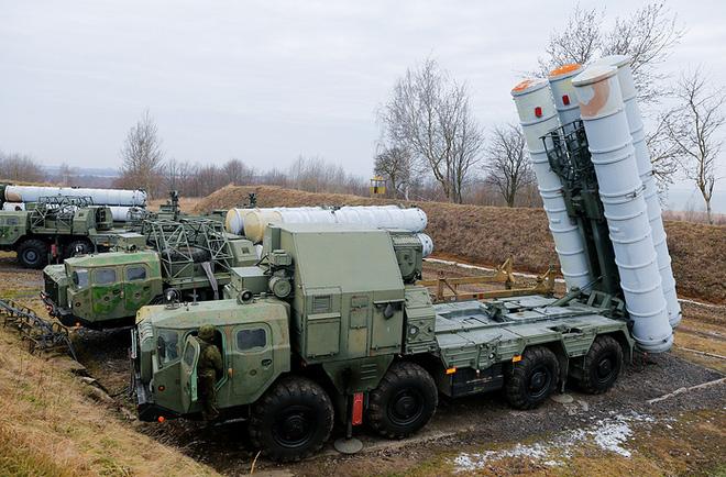 Lục quân Nga khoe hàng chủ lực  - Ảnh 14.