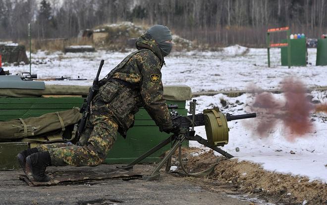 Lục quân Nga khoe hàng chủ lực  - Ảnh 3.