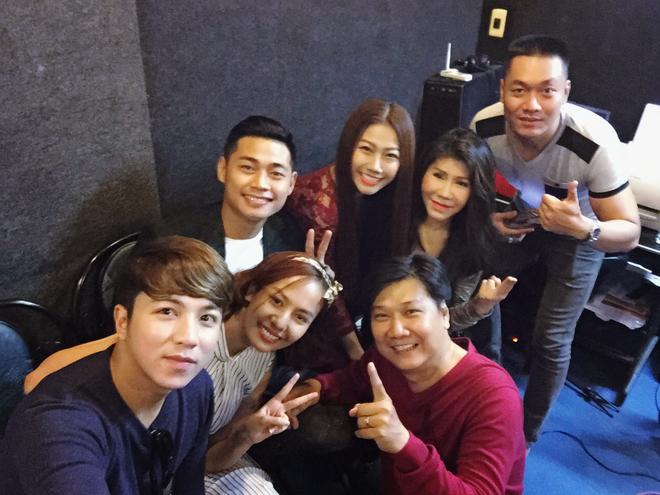Huỳnh Mi cùng dàn nghệ sĩ nổi tiếng hát vì Miền Trung - Ảnh 11.