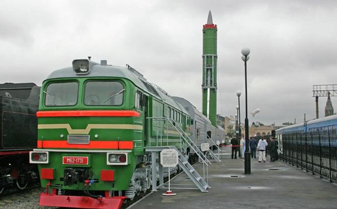 """12 """"siêu vũ khí"""" hàng đầu thế giới do Nga sản xuất"""