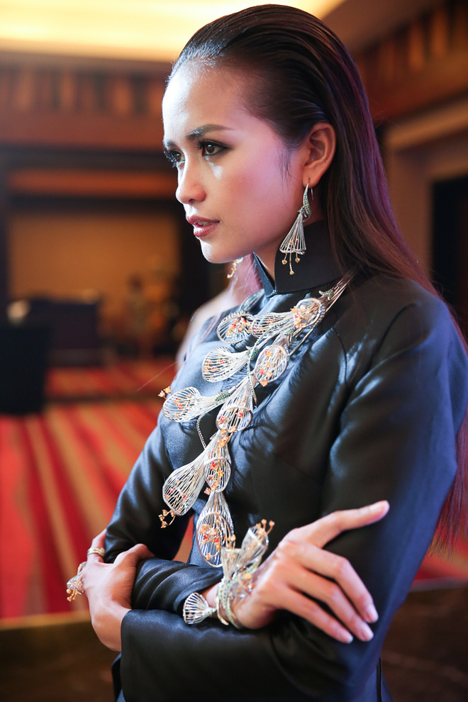 Ngọc Châu được lựa chọn mở màn Tuần lễ thời trang quốc tế - Ảnh 3.