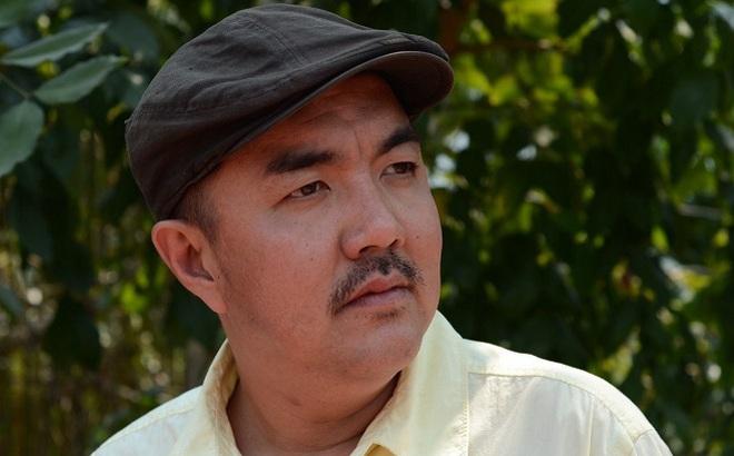 Diễn viên Quốc Thuận: Ba mất, tôi phải mượn tiền đưa xác về quê!