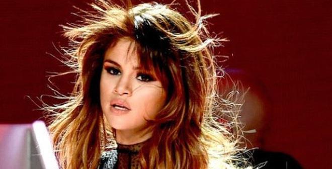 Selena Gomez viện cớ bị bệnh để che giấu chuyện đang nghiện ngập?