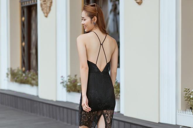 Diệp Bảo Ngọc mặc áo yếm, khoe lưng trần trên phố - Ảnh 11.