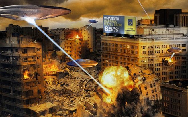 """Stephen Hawking: """"Xin đừng tiếp cận người ngoài hành tinh nữa, trước khi quá muộn"""""""