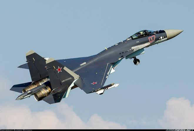 Quà Noel từ Nga: Trung Quốc sẽ nhận Su-35 sớm hơn nhiều so với dự kiến - Ảnh 1.