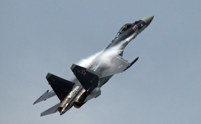 Quà Noel từ Nga: Trung Quốc sẽ nhận Su-35 sớm hơn nhiều so với dự kiến