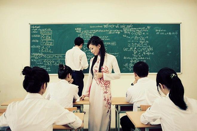 26 học sinh cá biệt chết lặng vì lời đáp cuối của cô giáo trẻ - Ảnh 1.