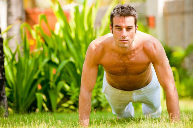 Bác sĩ tiết lộ 5 thói quen nguy hiểm nhất cho sức khỏe nam giới - Ảnh 3.
