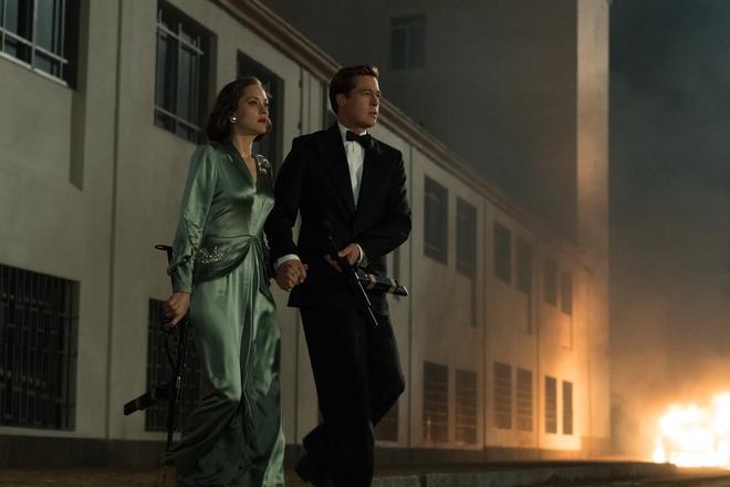 Câu chuyện thú vị đằng sau bộ phim khiến Jolie - Pitt chia tay - Ảnh 2.