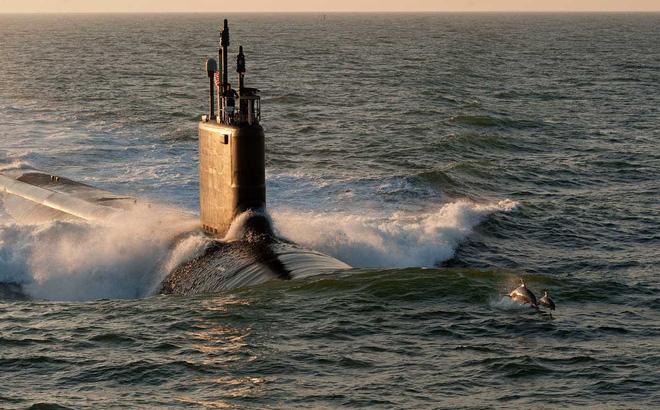 """Trung Quốc đã """"giăng lưới"""" dưới đáy Biển Đông, tàu ngầm hạt nhân Mỹ nguy cấp"""