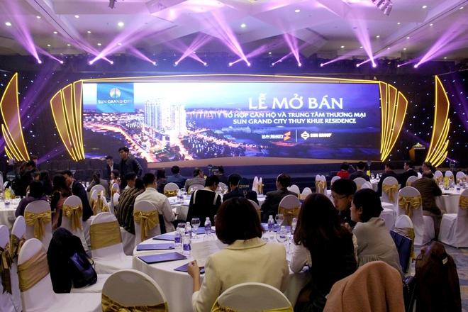 Tùng Dương trở thành cư dân đầu tiên tại Sun Grand City Thuy Khue Residence - Ảnh 2.