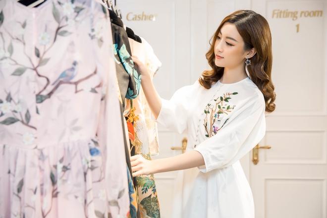 Đỗ Mỹ Linh đầu tư mua sắm, chuẩn bị cho Hoa hậu thế giới - Ảnh 1.