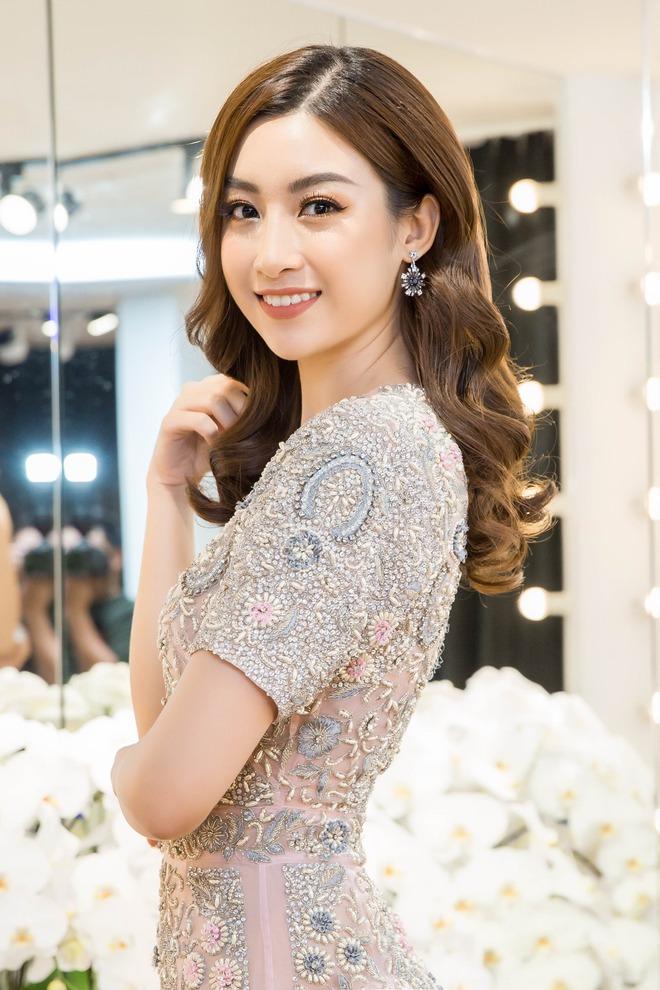 Đỗ Mỹ Linh đầu tư mua sắm, chuẩn bị cho Hoa hậu thế giới - Ảnh 6.