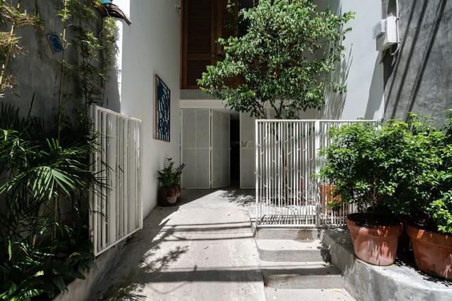 Ngôi nhà trong hẻm của người dân Tp. Hồ Chí Minh đẹp lung linh trên báo Mỹ - Ảnh 3.