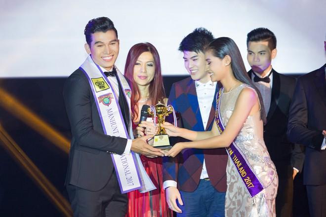 Ngọc Tình hạ gục chủ nhà Thái Lan, đăng quang Nam vương Quốc tế 2017 - Ảnh 2.
