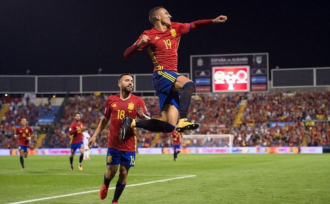 11 phút có 3 bàn, Tây Ban Nha chính thức giành vé sớm dự VCK World Cup