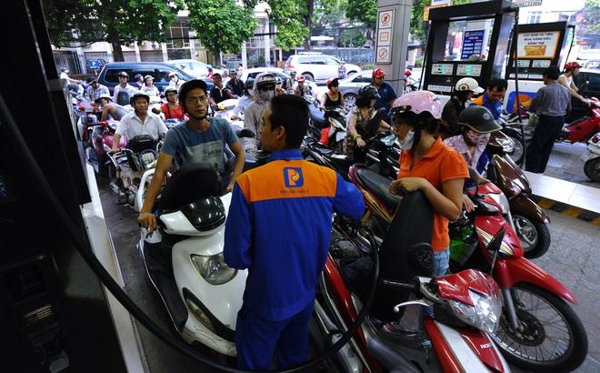 Từ 17h chiều nay, chính thức điều chỉnh giá bán lẻ xăng dầu