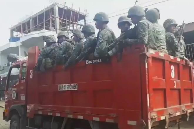Phương tiện đổ quân khó đỡ của Quân đội Philippines - Ảnh 2.