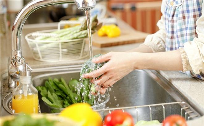Kết quả hình ảnh cho rửa rau củ quả