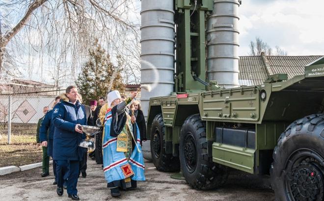 Đặc sắc nghi lễ ban phước cho vũ khí của Quân đội Nga